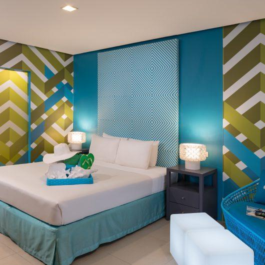 AB1-Premier-Room-blue-1