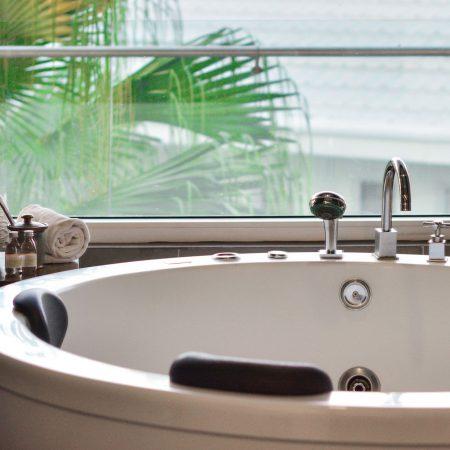 honeymoon-suite-(3)