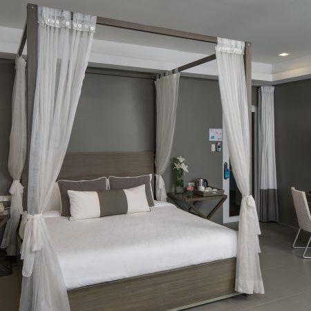 honeymoon-suite-(4)